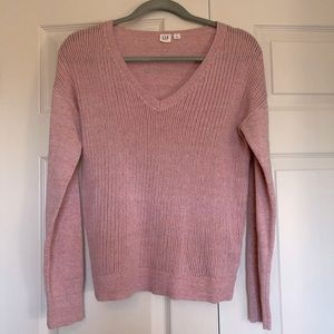 Gap excellent condition v neck pink sweater, small